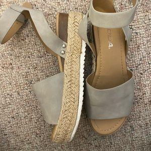 SODA Chunky Espadrille Sandals